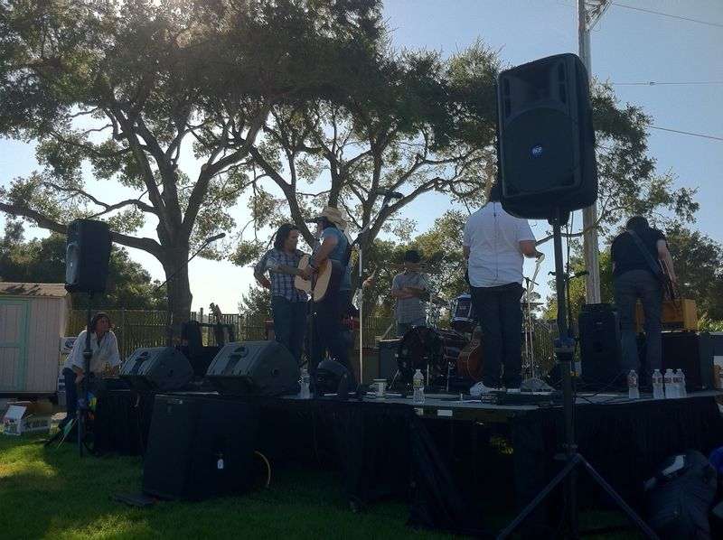 Woofstock Petty Theft 3